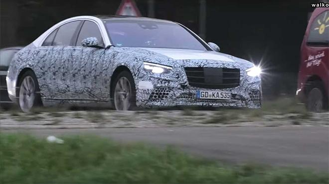 Mercedes-Benz S-Class chạy thử với trang bị mới