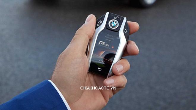 Hướng dẫn xử lý chìa khóa thông minh xe ô tô bị dính nước