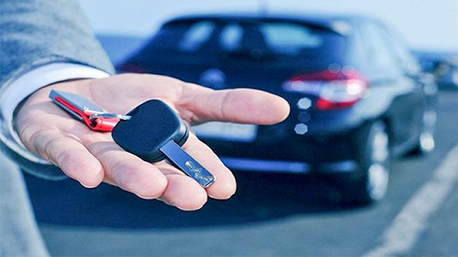 Hãy cảnh giác giao chìa khóa xe cho thợ khi đi sửa xe